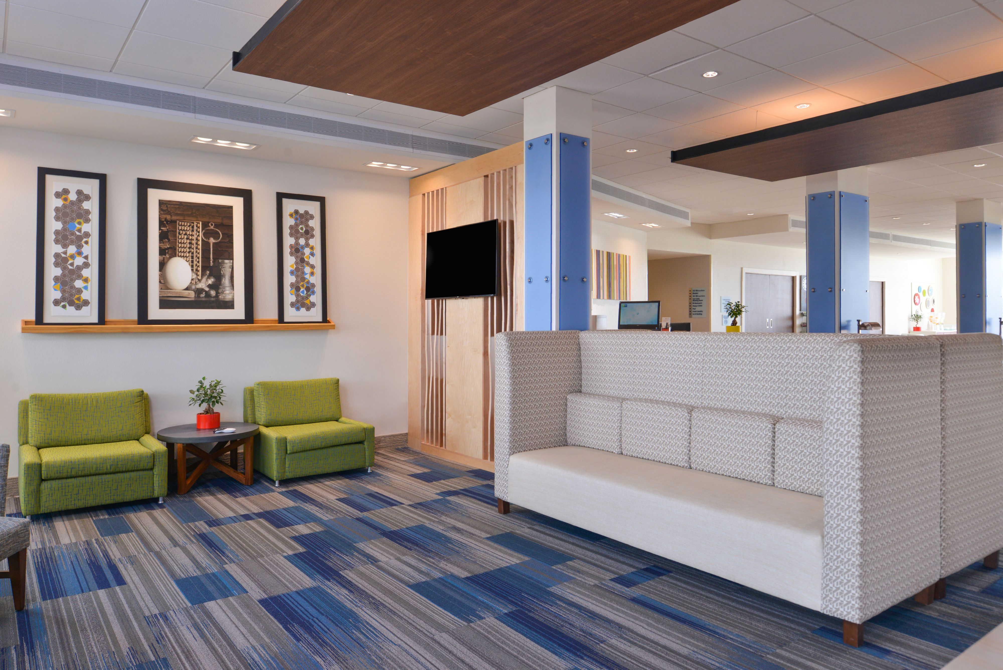Holiday Inn Express & Suites Trinity image 5