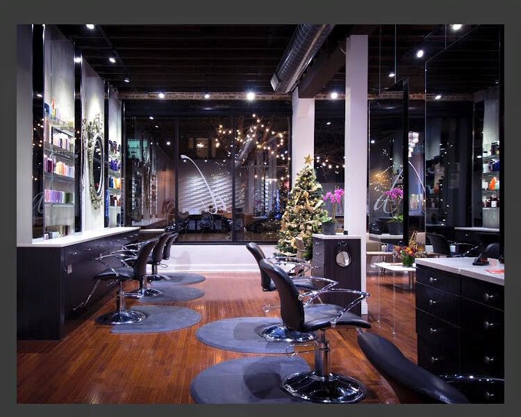 Deseo Salon & BlowDry image 9