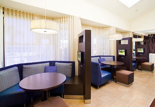 Courtyard by Marriott Fresno image 11