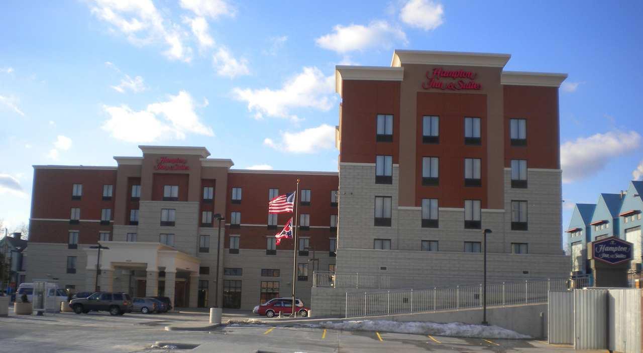 Hampton Inn & Suites Cincinnati/Uptown-University Area image 0