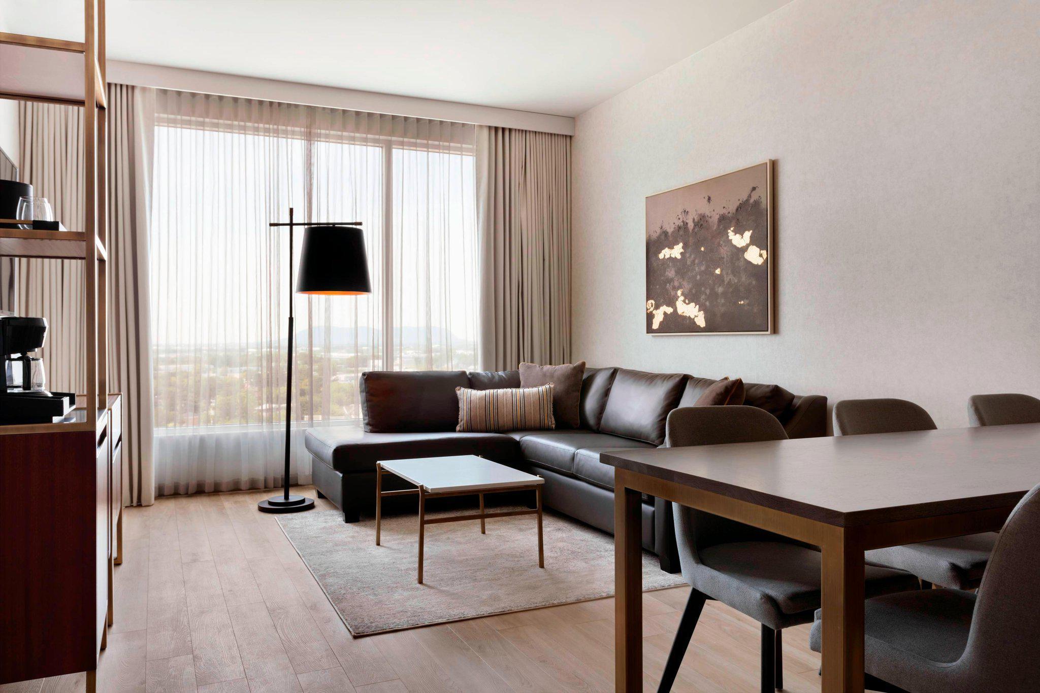 Sheraton Saint-Hyacinthe Hotel
