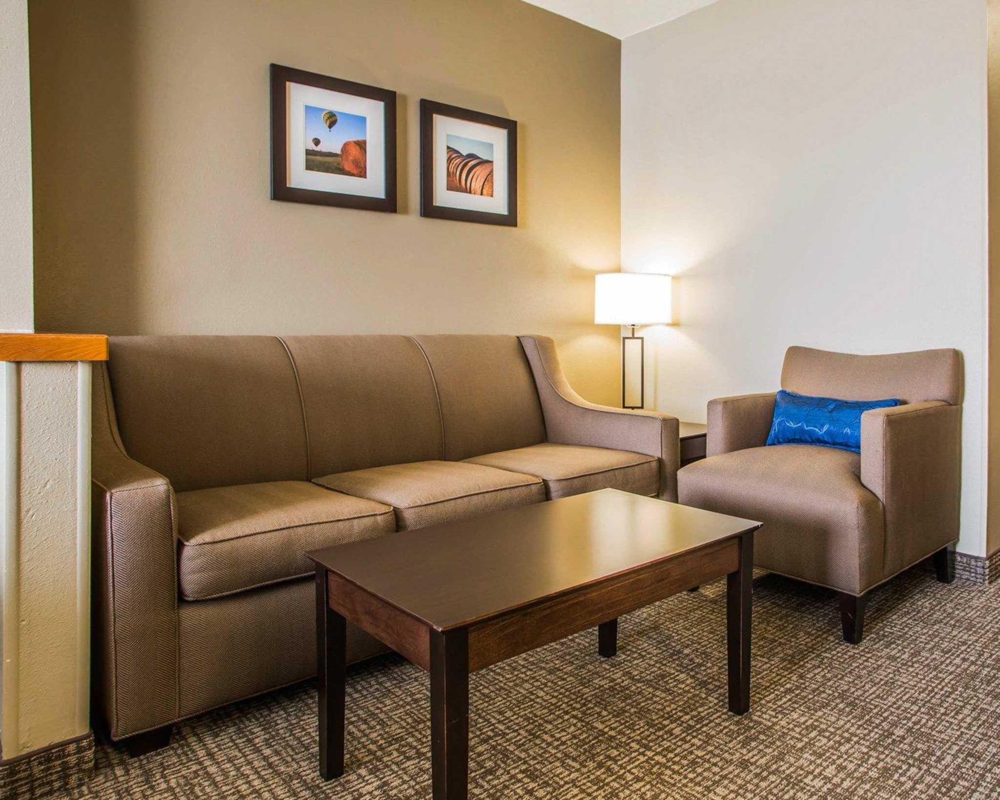 Comfort Inn & Suites Waterloo – Cedar Falls image 25