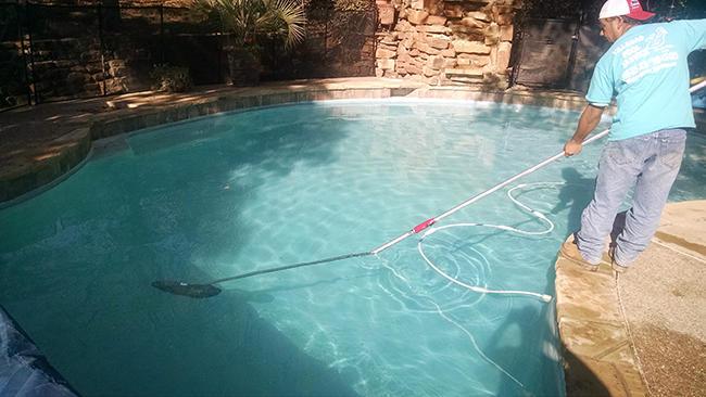 Villegas Pool Service image 1