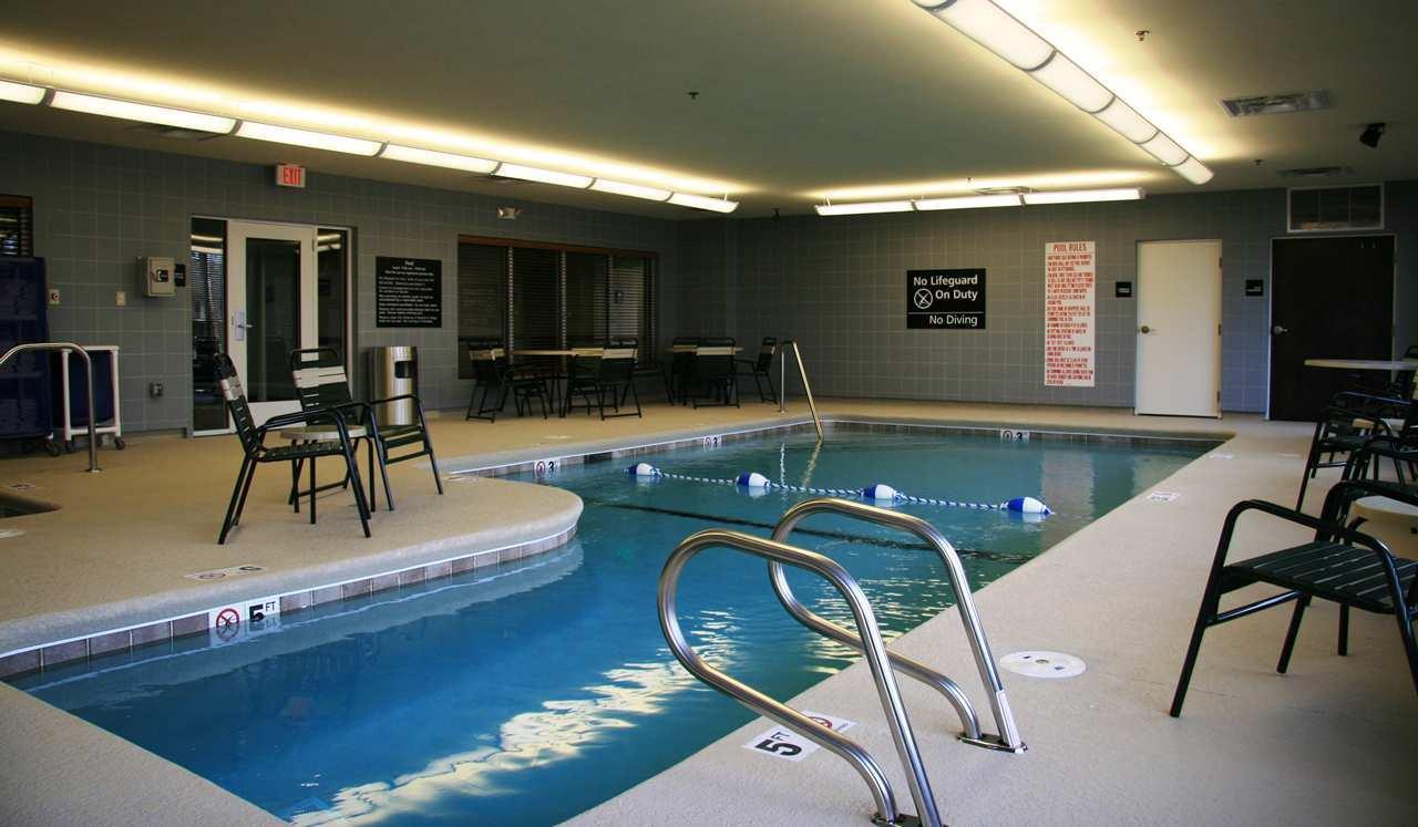 Hampton Inn & Suites Brunswick image 2