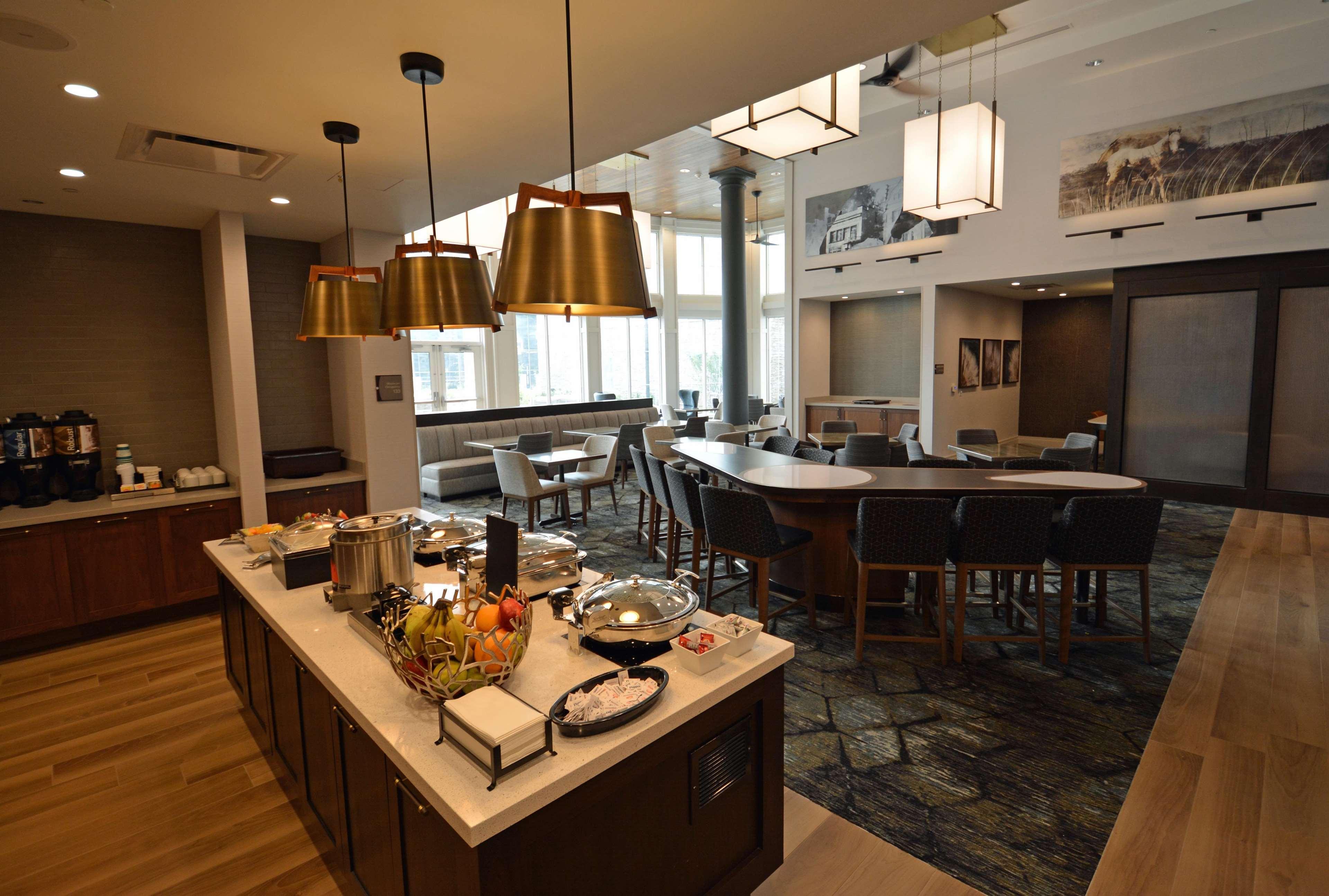 Homewood Suites by Hilton Saratoga Springs image 7
