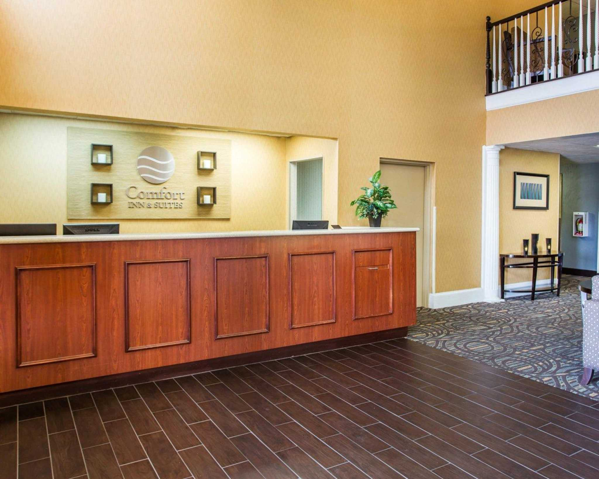 Comfort Inn & Suites at Stone Mountain image 11