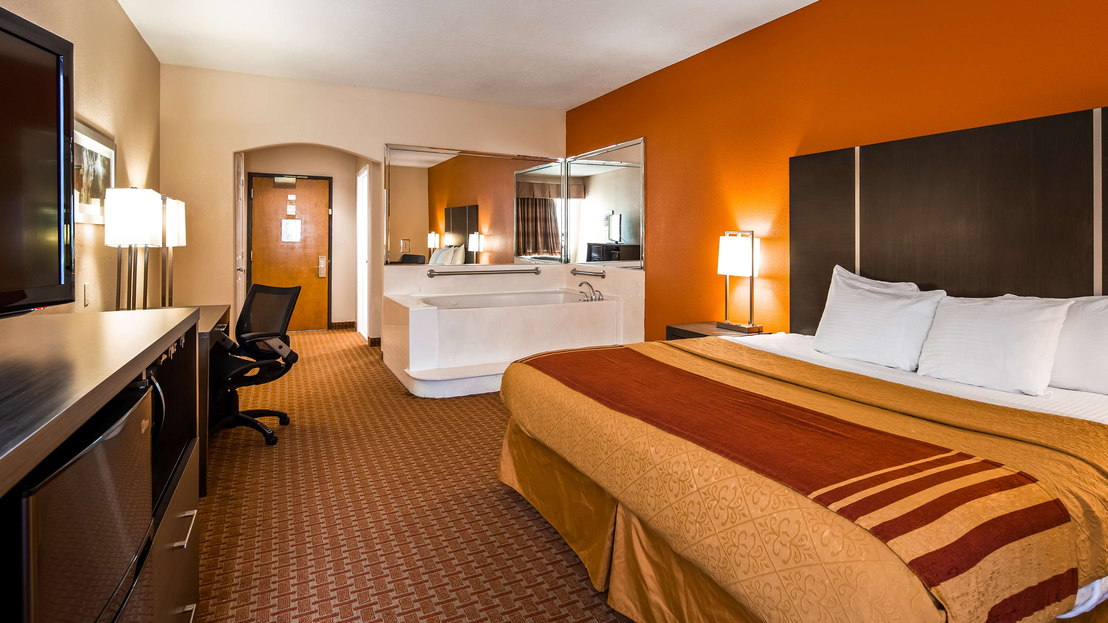 Best Western Plus North Houston Inn & Suites image 11