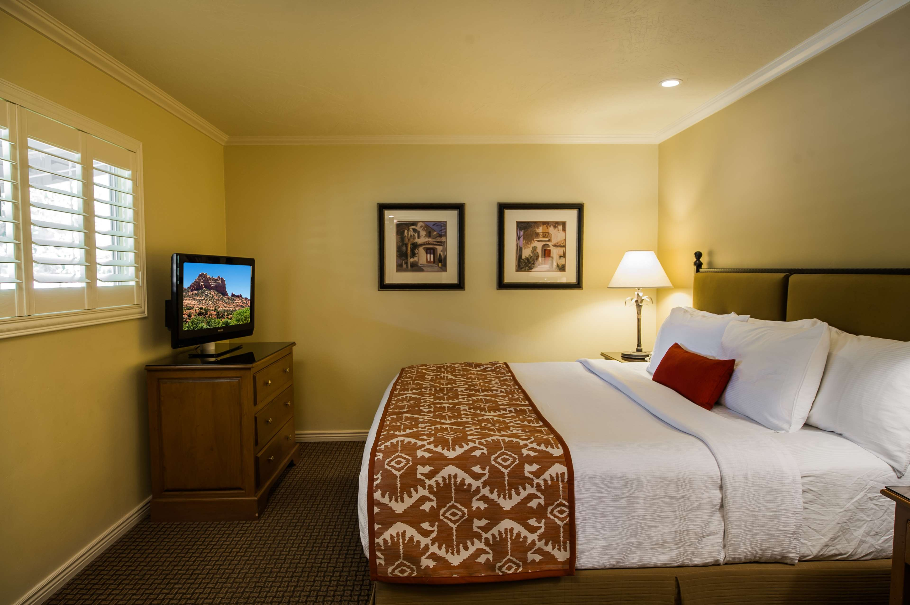 Best Western Plus Arroyo Roble Hotel & Creekside Villas image 37