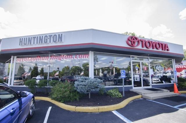 Toyota of Huntington image 0