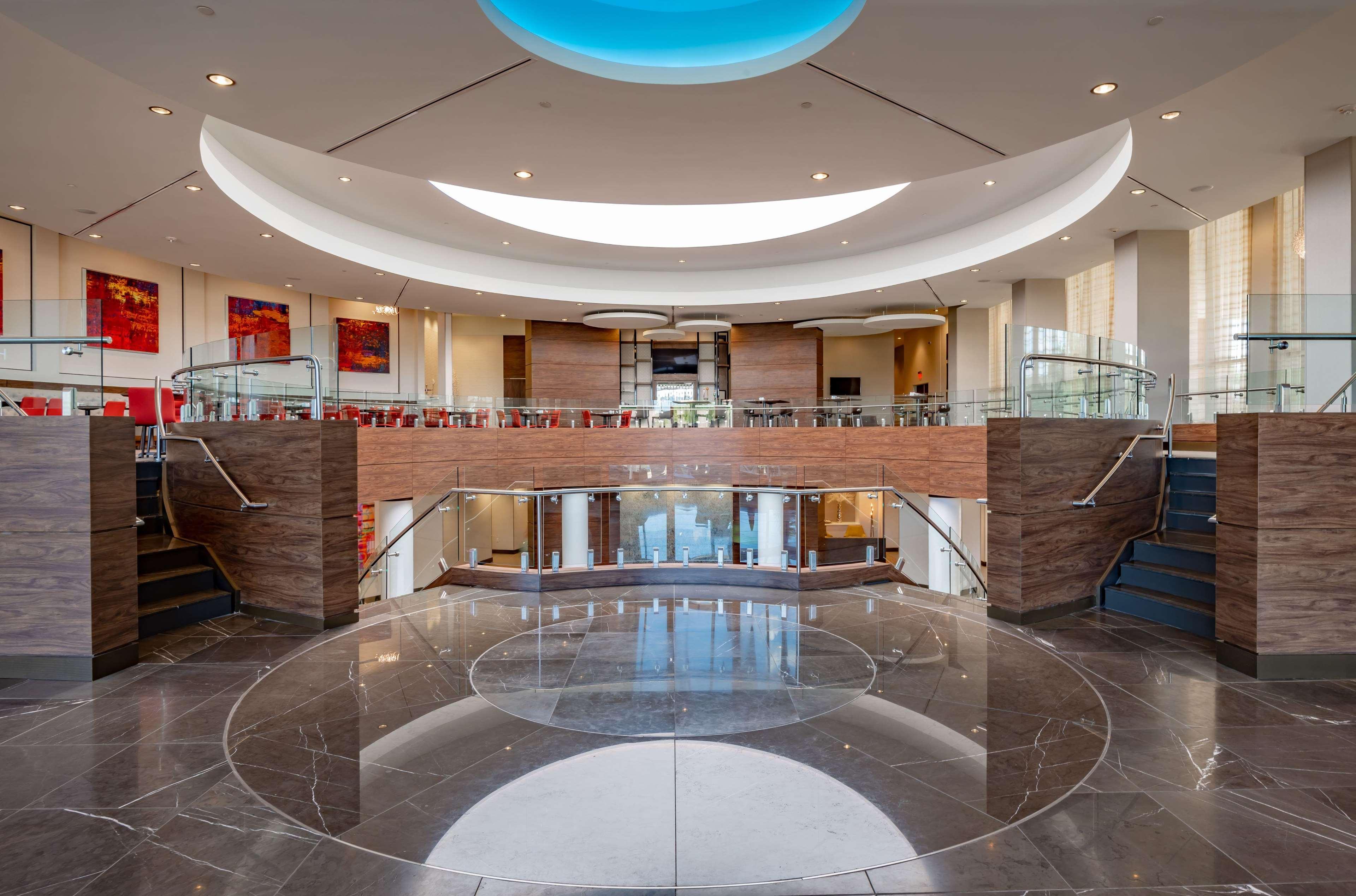 Hilton Garden Inn Dallas at Hurst Conference Center image 11
