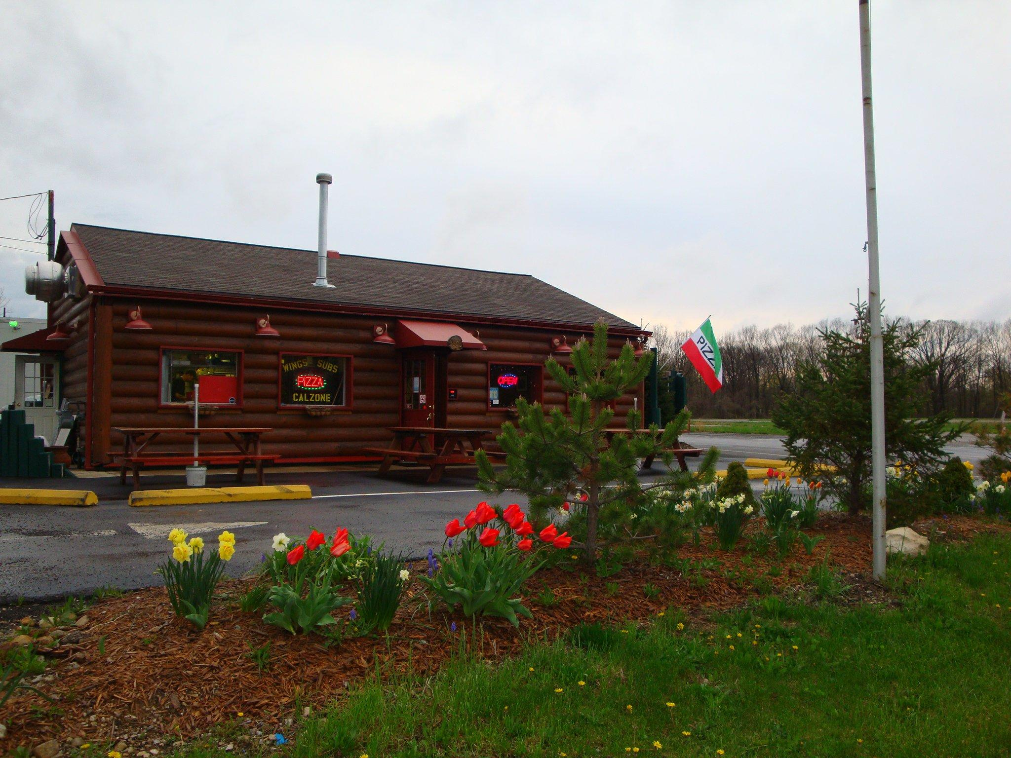 the pizza cabin 5808 columbus pike lewis center oh