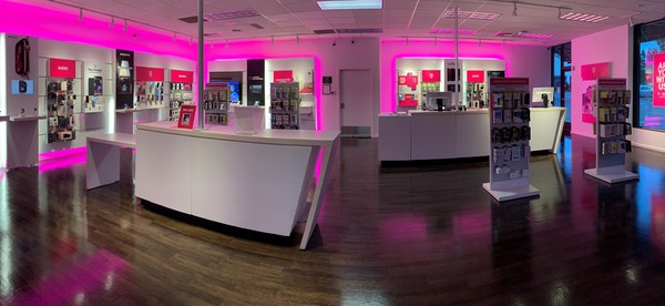 Cell Phones Plans And Accessories At T Mobile 15600 Ne 8th St A