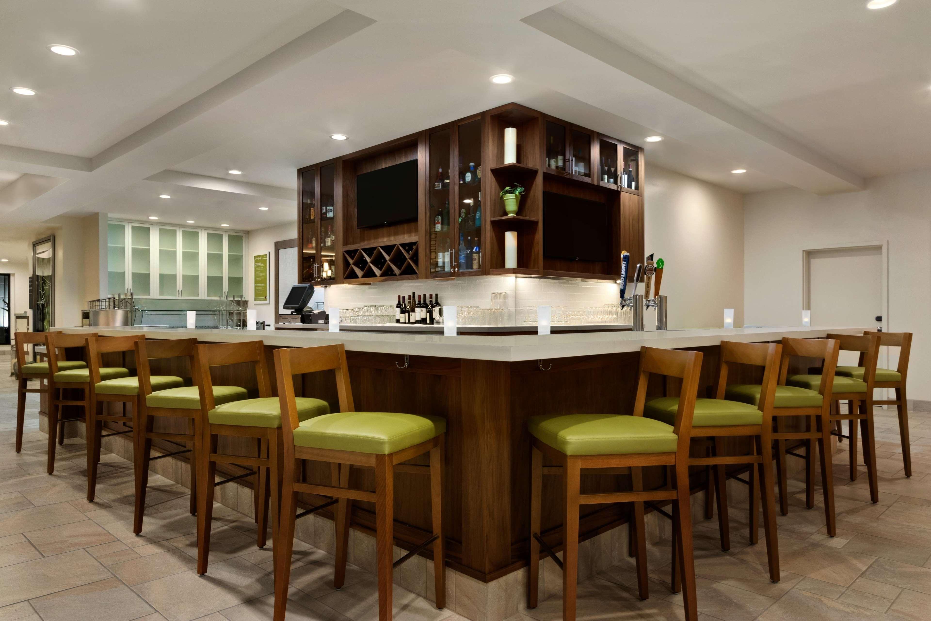 Hilton Garden Inn Medford image 11