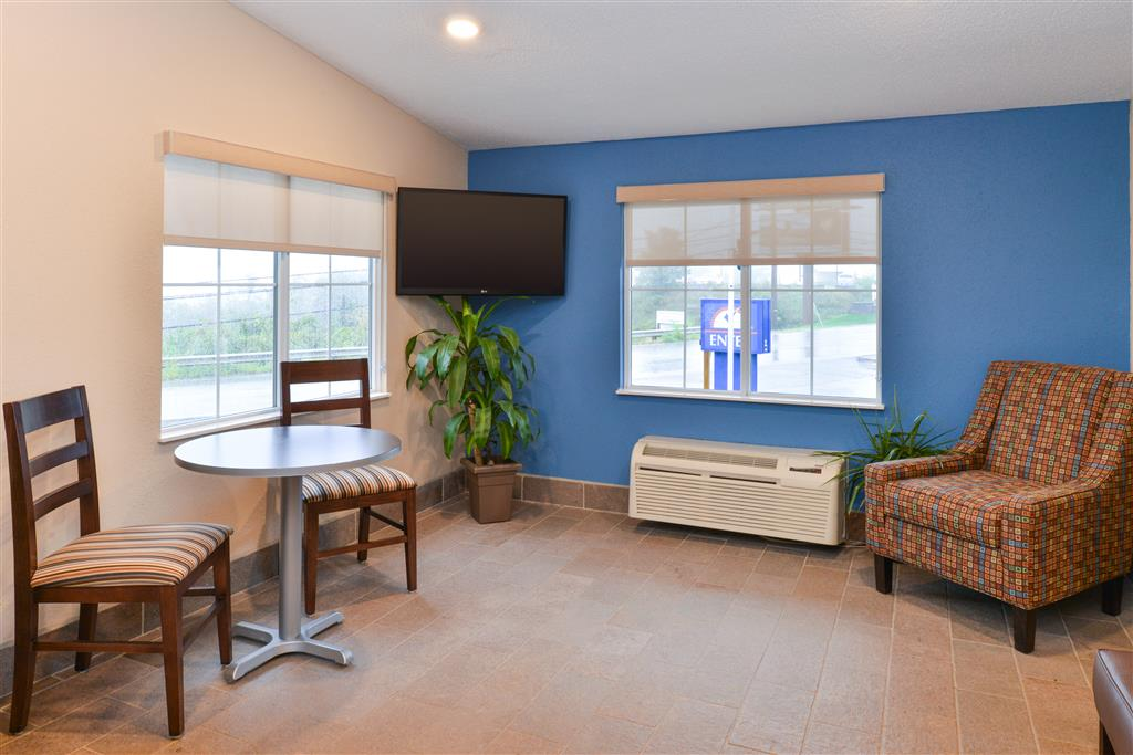 Americas Best Value Inn - St. Clairsville/Wheeling image 6