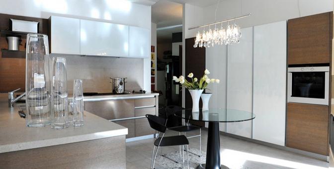 Arredo design mobili varese italia tel 0332283 for Arredo design varese