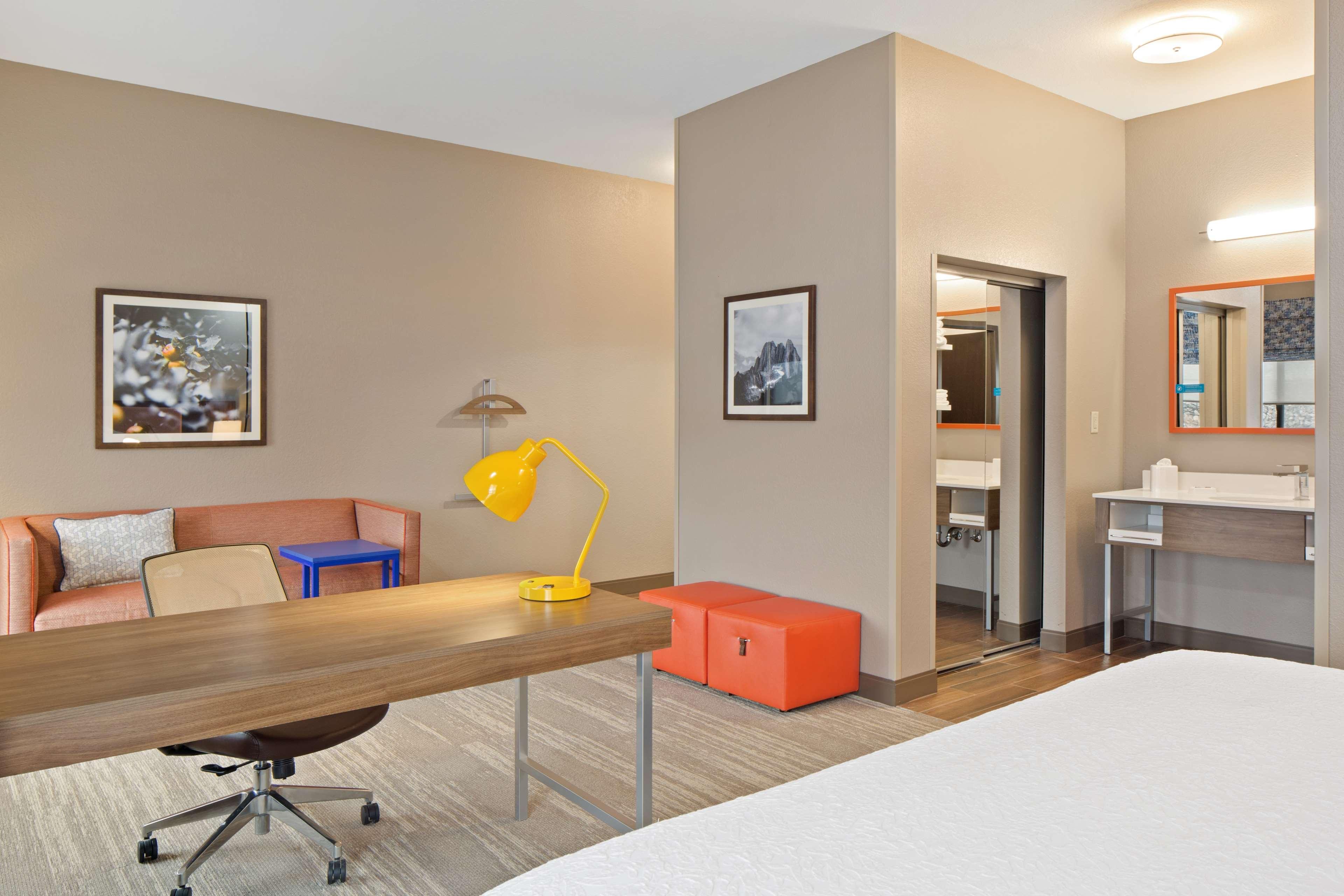 Hampton Inn & Suites Spokane Valley image 27