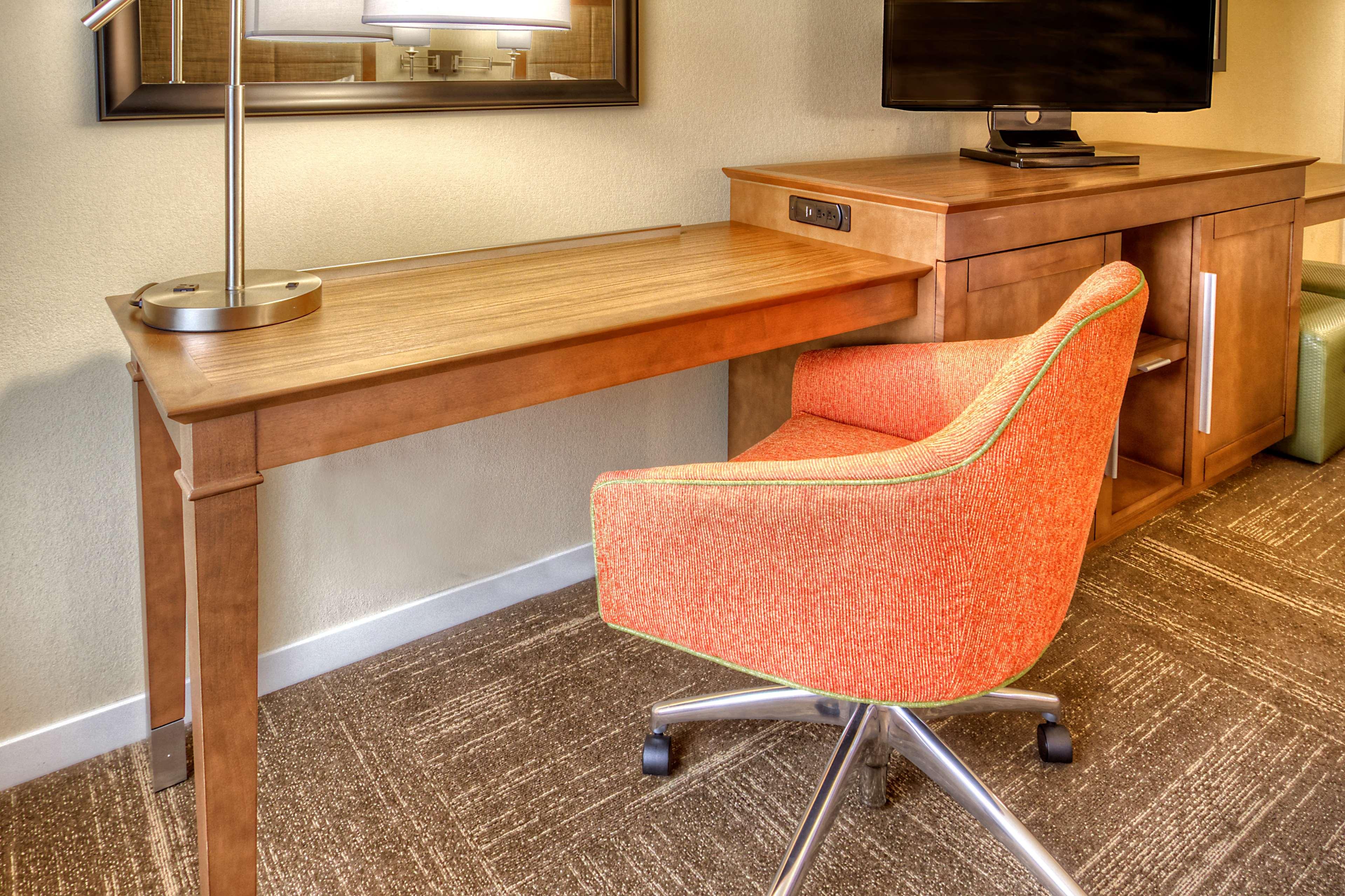 Hampton Inn & Suites Asheville-I-26 image 14