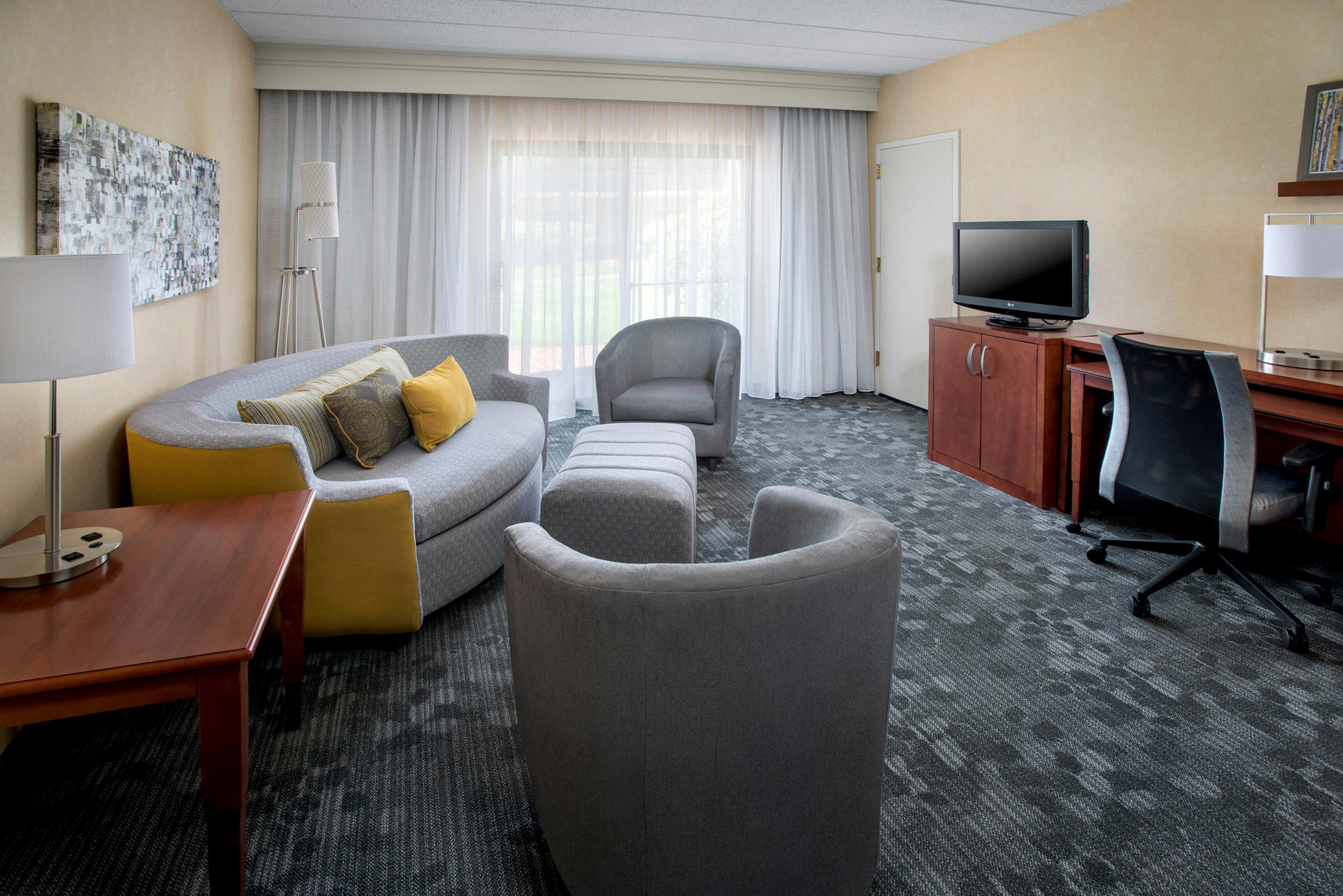 Courtyard by Marriott Boston Foxborough/Mansfield image 12