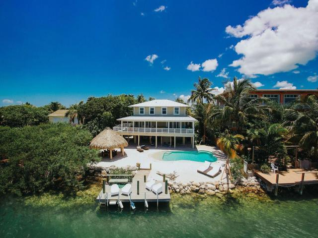Coastal Collection Real Estate Inc. image 5