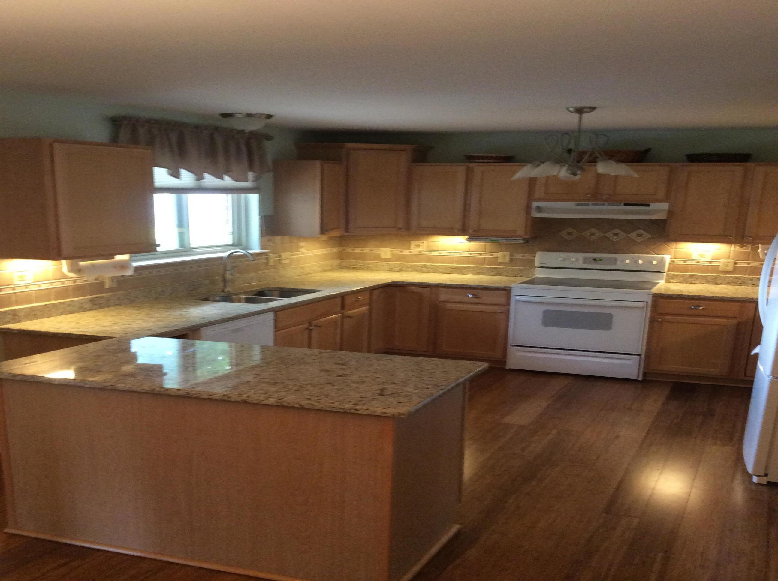 Kitchens With Giallo Ornamental Granite Q Stone Inc Masonry And Stone Contractors Madison Heights Michigan