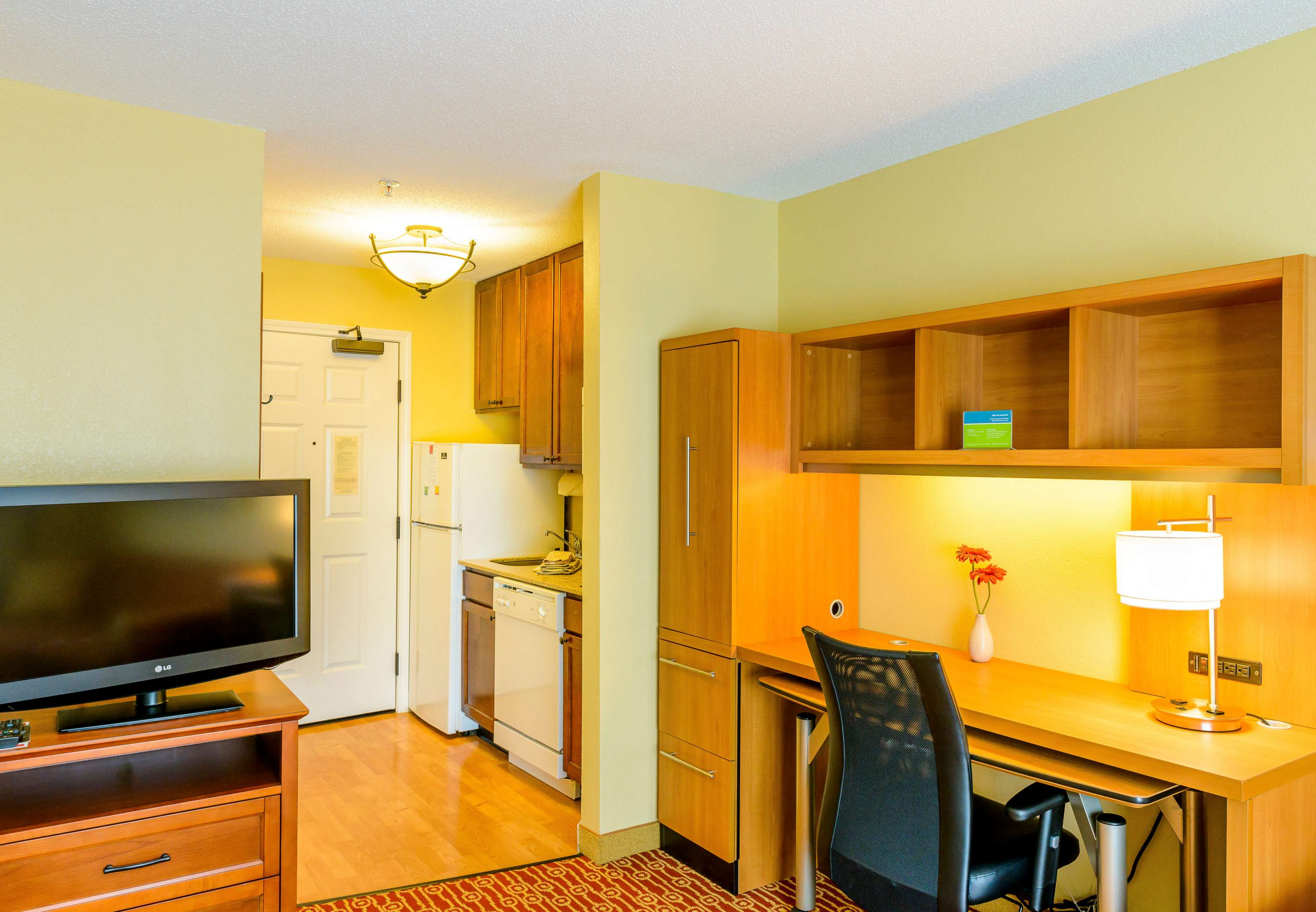 TownePlace Suites by Marriott Bowie Town Center image 3