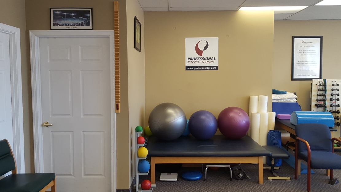 Professional Physical Therapy image 5