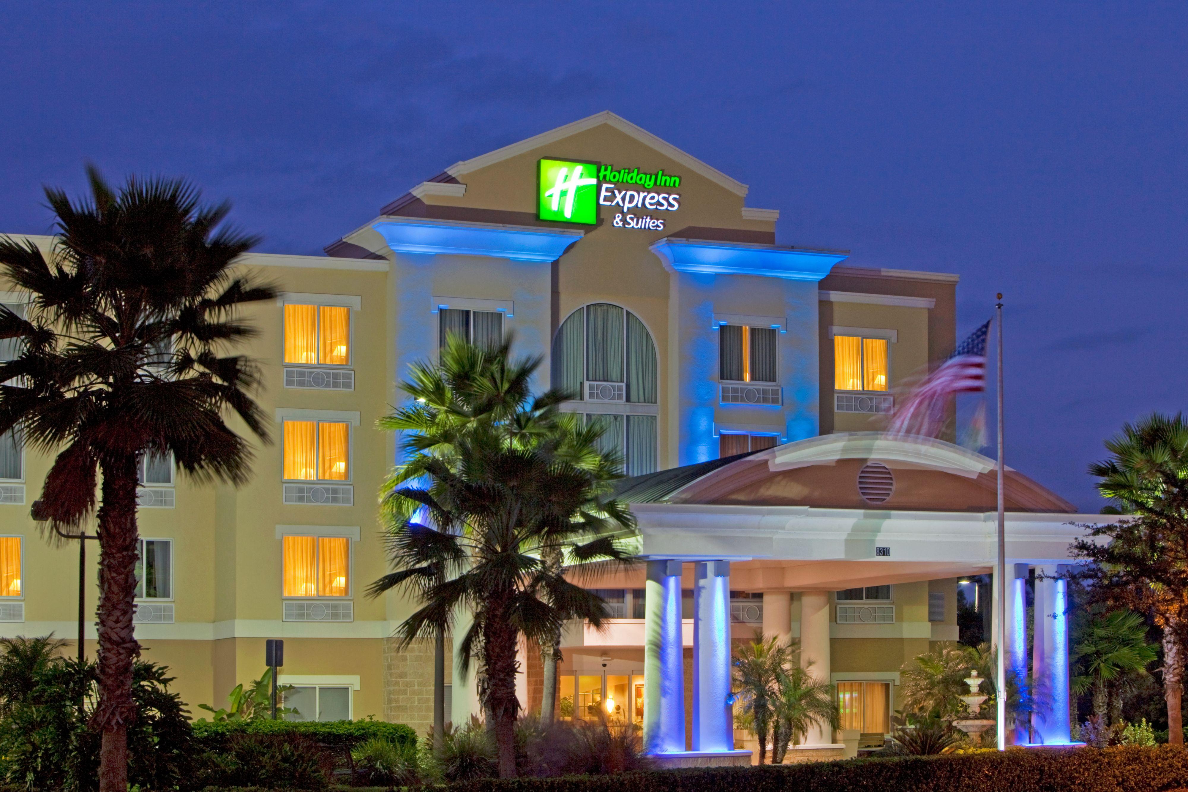 Holiday Inn Express Suites Tampa Fairgrounds Casino Coupons Tampa Fl Near Me 8coupons
