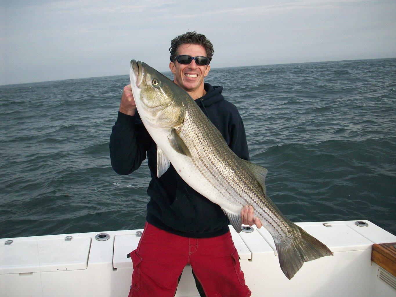 Captain ron 39 s fishing charters out of montauk new york in for New york fishing trips