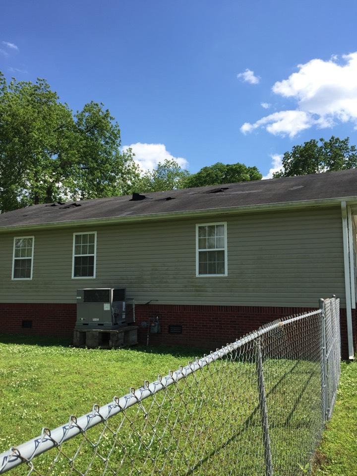 Hinkle Roofing image 3
