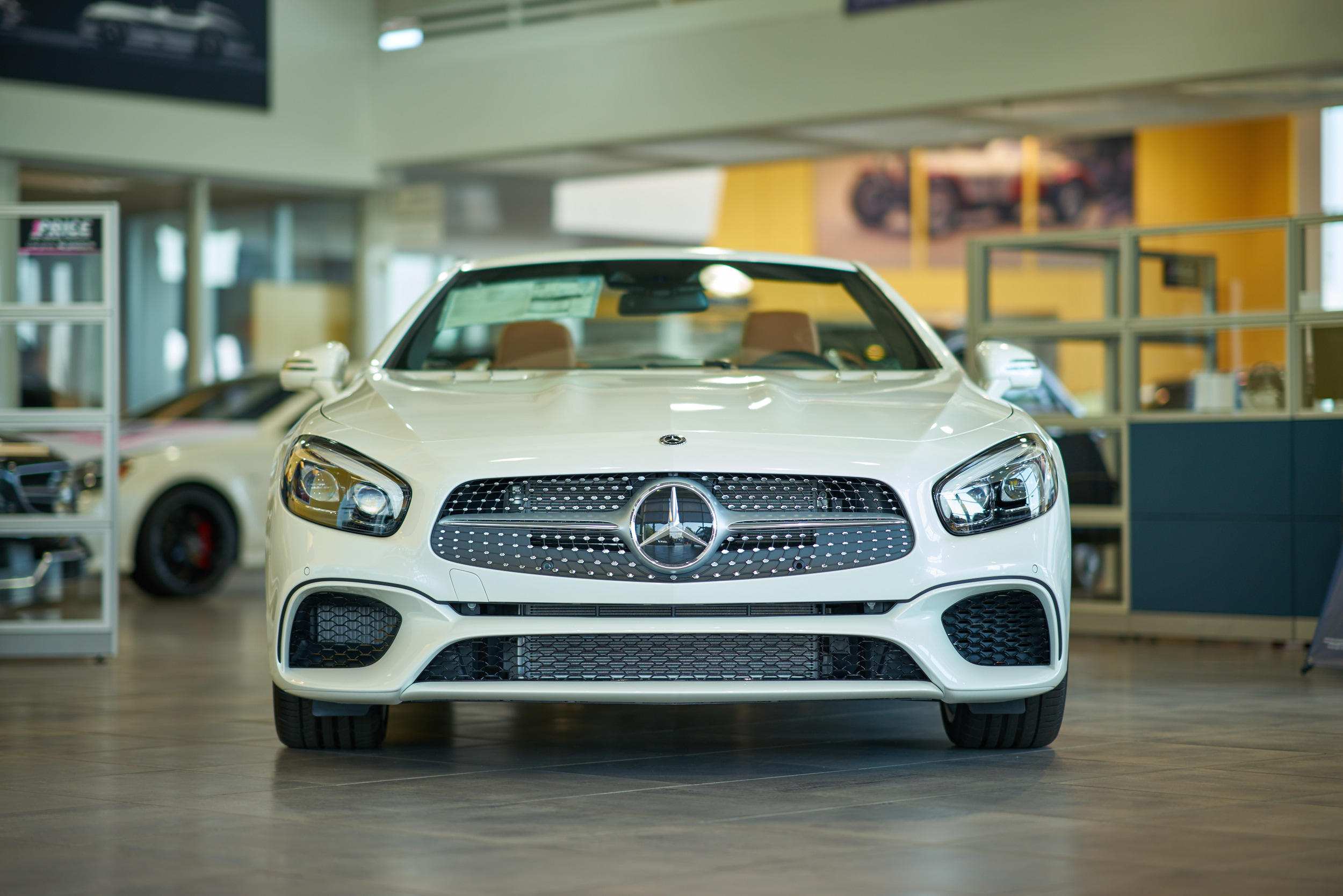 Mercedes benz of naperville at 1569 west ogden avenue for Mercedes benz of naperville il