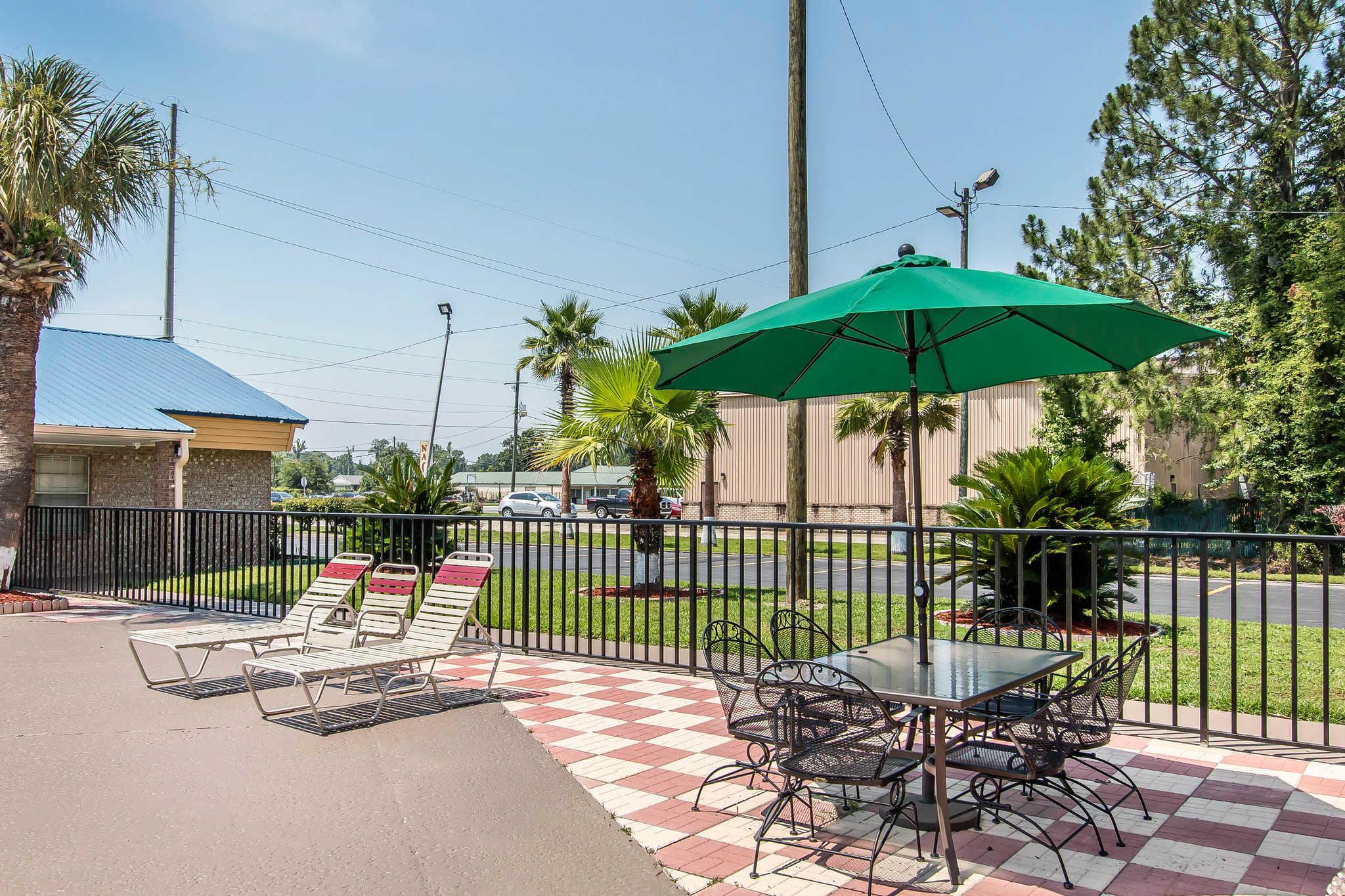 Quality Inn Hinesville - Fort Stewart Area image 25