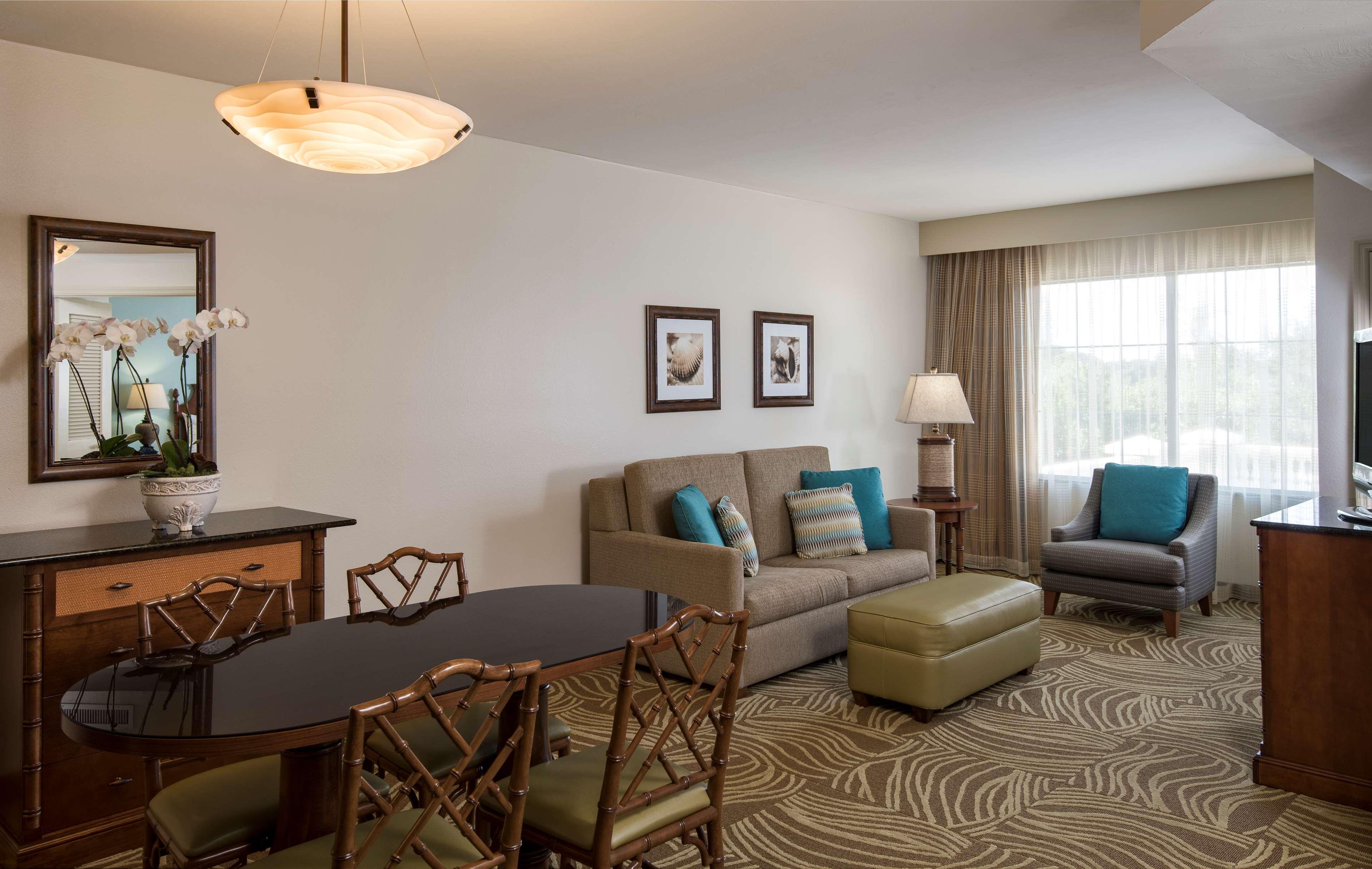 DoubleTree Suites by Hilton Hotel Naples image 26