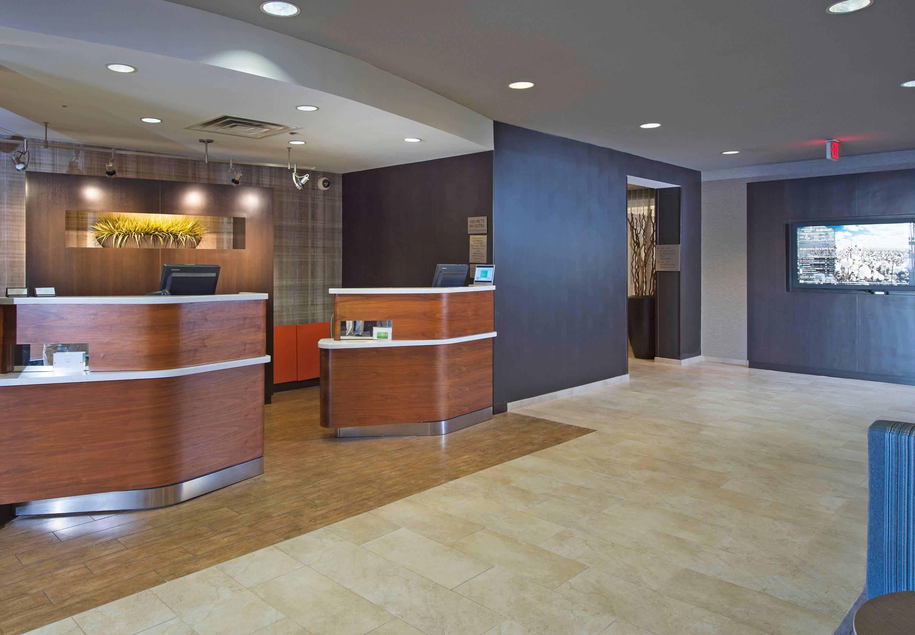 Courtyard by Marriott Dothan image 11