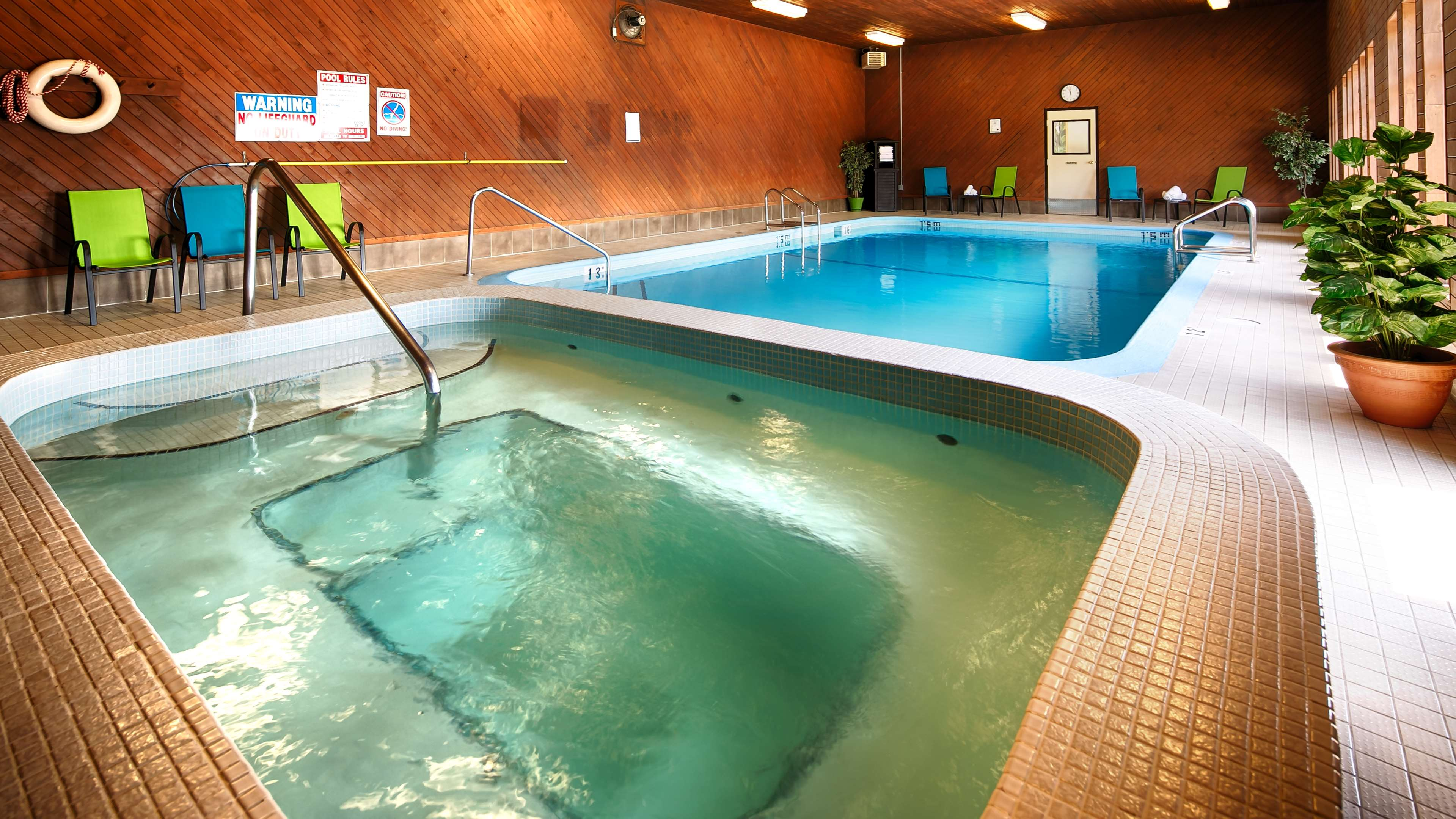 Best Western Bakerview Inn in Abbotsford: Indoor Hot Tub
