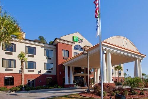 Holiday Inn Express & Suites Pensacola W I-10 image 2