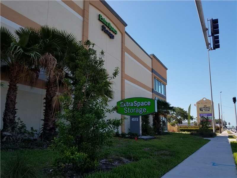 Extra Space Storage 4515 S Tamiami Trl Sarasota, FL Warehouses Merchandise  U0026 Self Storage   MapQuest