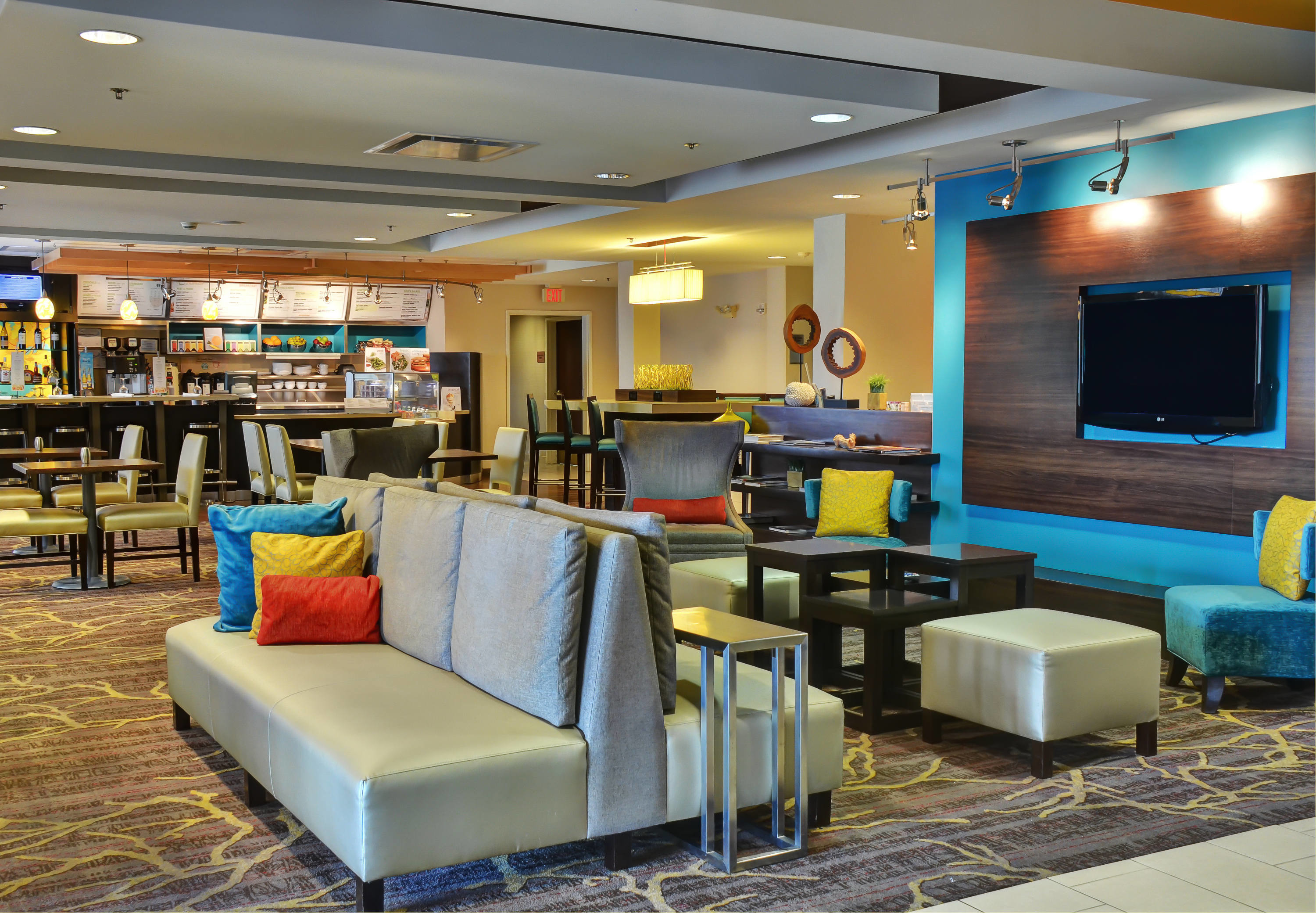 Courtyard by Marriott Indianapolis South image 10