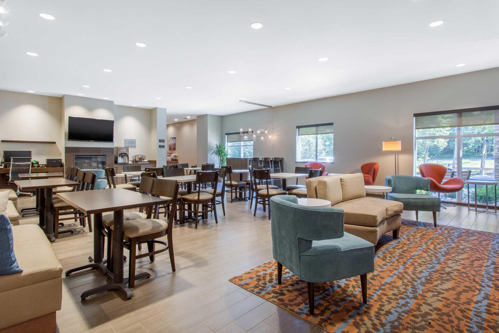 Sleep Inn & Suites Monroe - Woodbury image 27