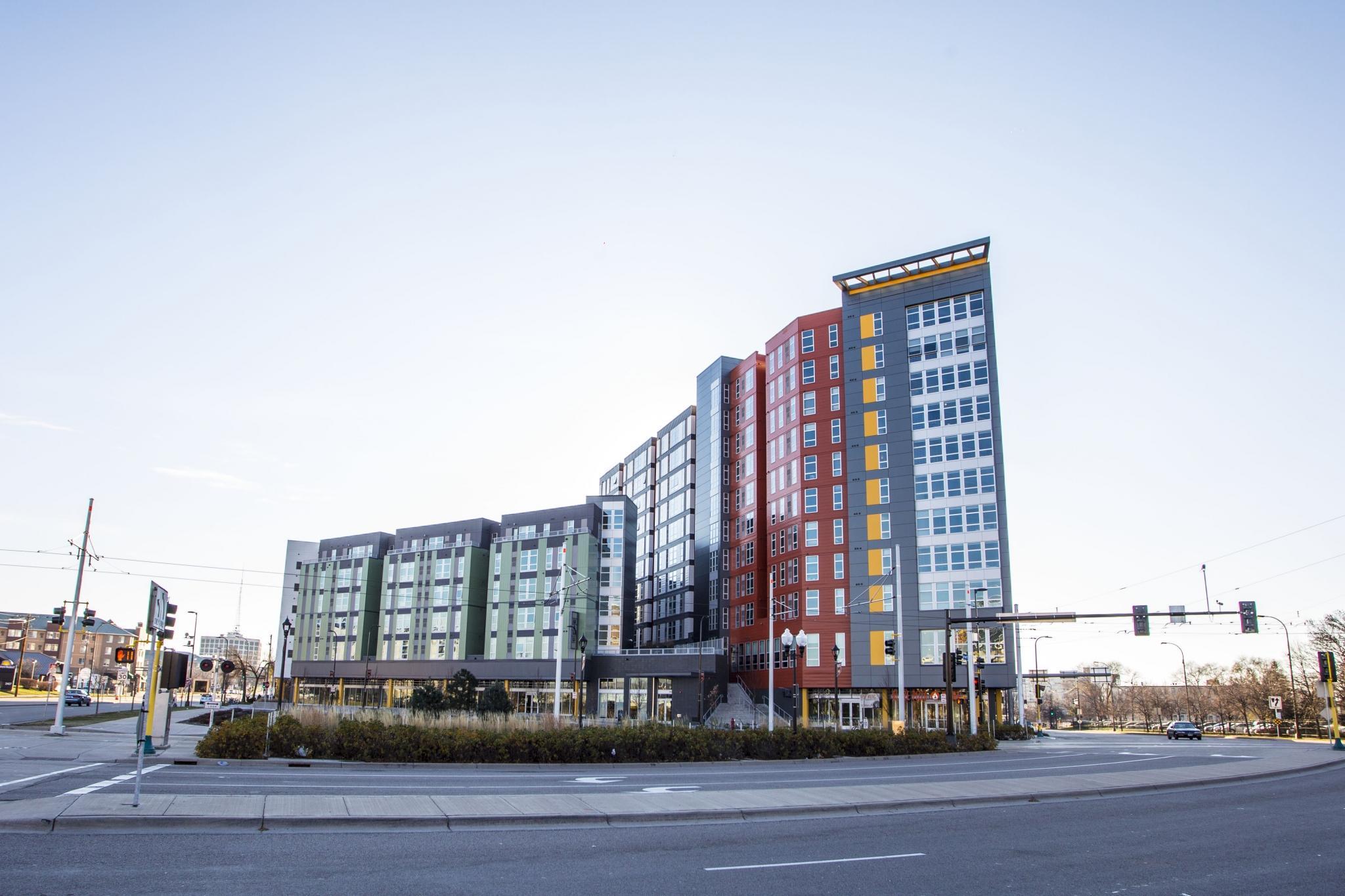 WaHu Apartments image 27