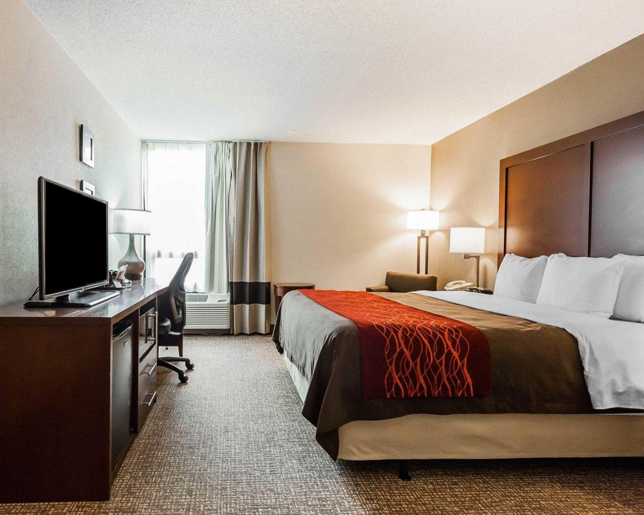 Comfort Inn Denver East image 7