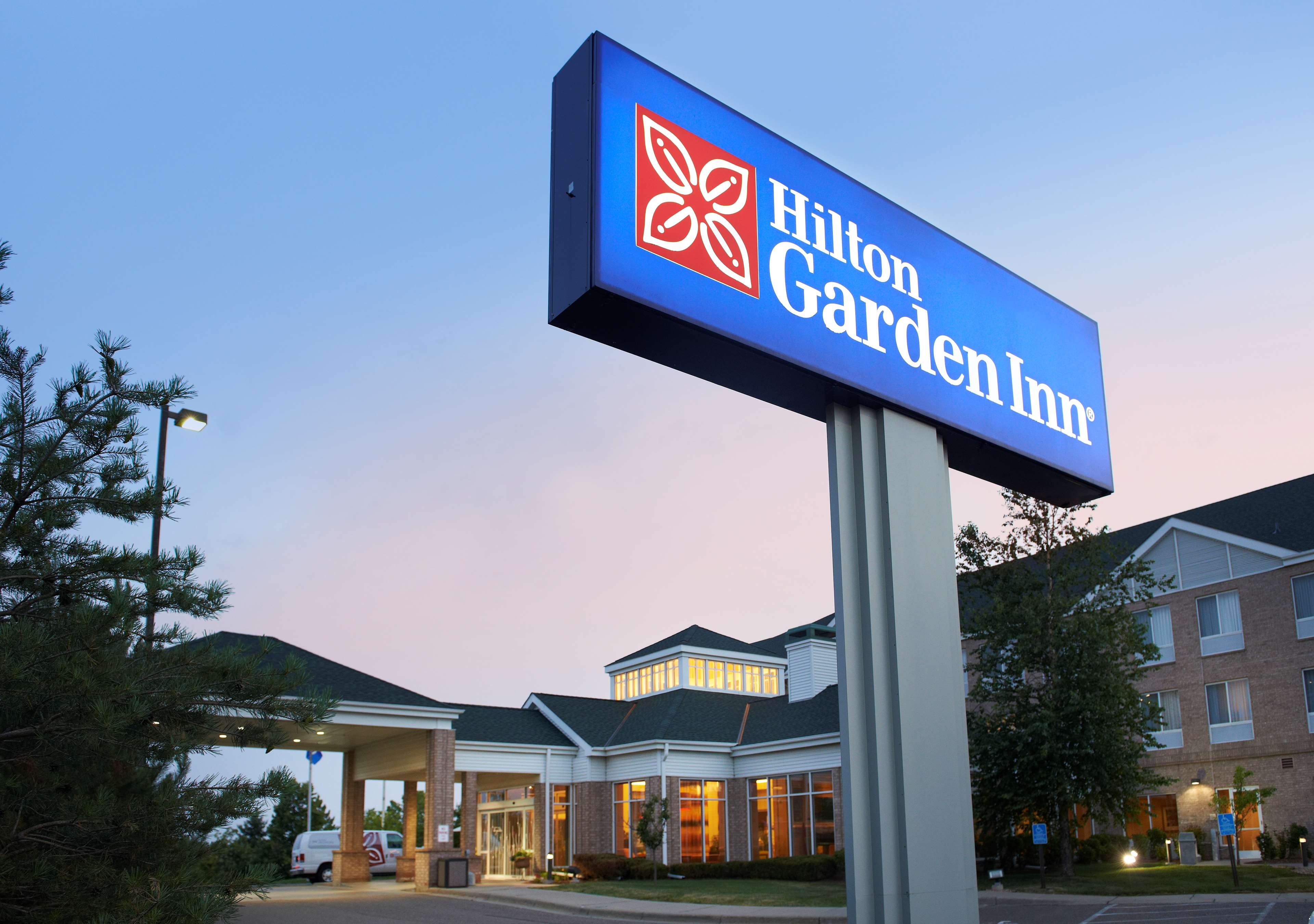 Hilton Garden Inn Minneapolis/Eden Prairie image 2