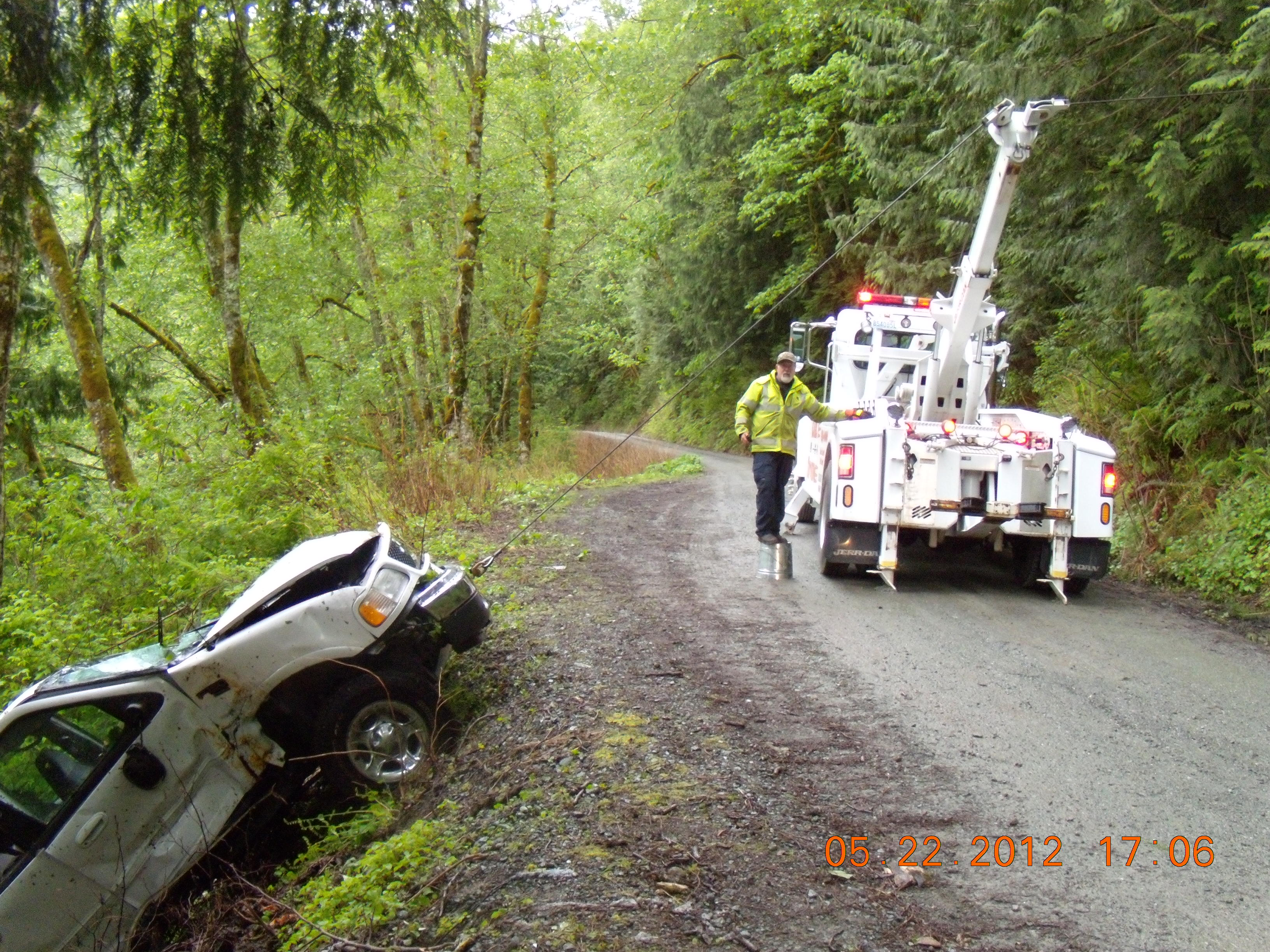 Carl's Towing image 4