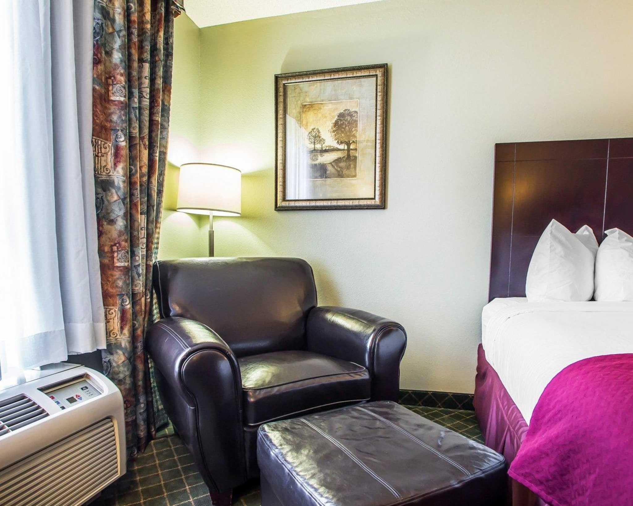 Quality Inn St. Robert - Ft. Leonard Wood image 5