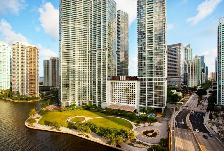 W Miami image 0