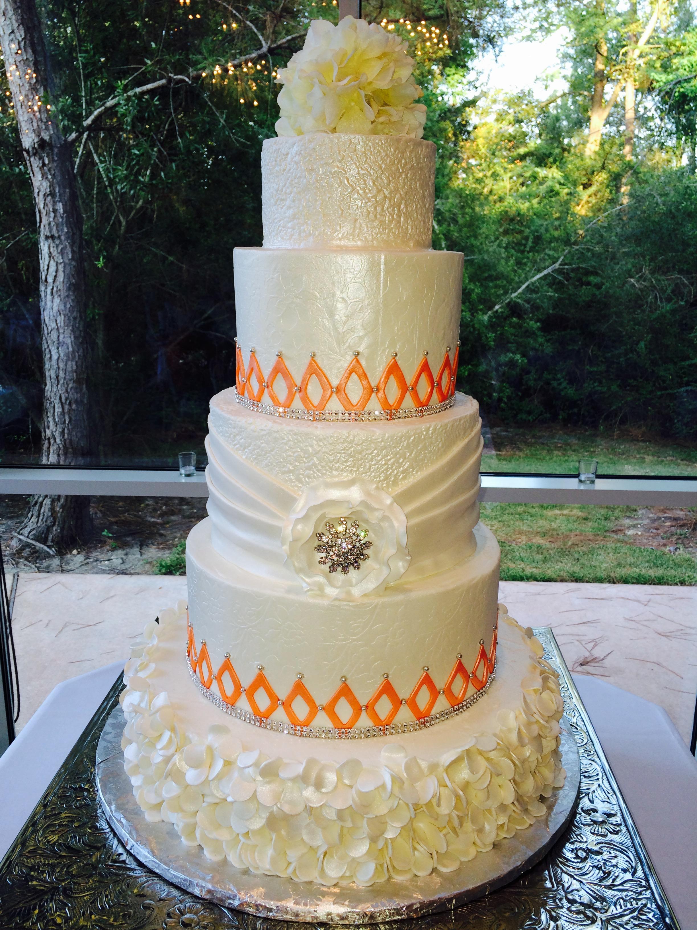Wedding Cakes by Tammy Allen image 2