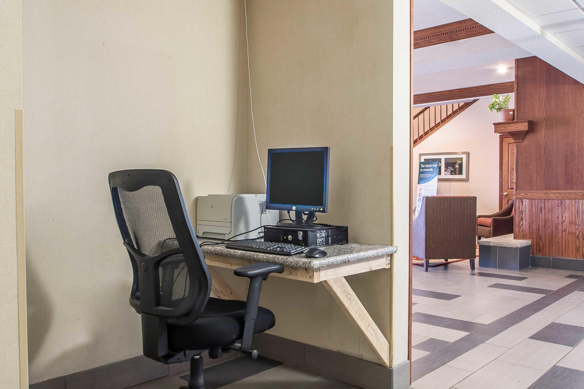 Quality Inn & Suites image 41