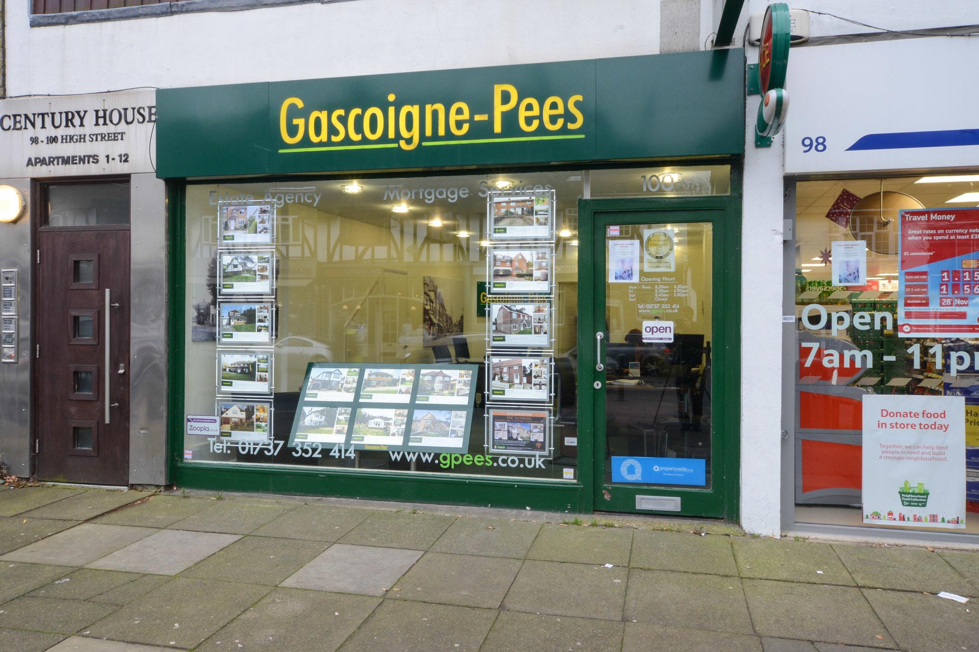 Gascoigne Pees - Closed