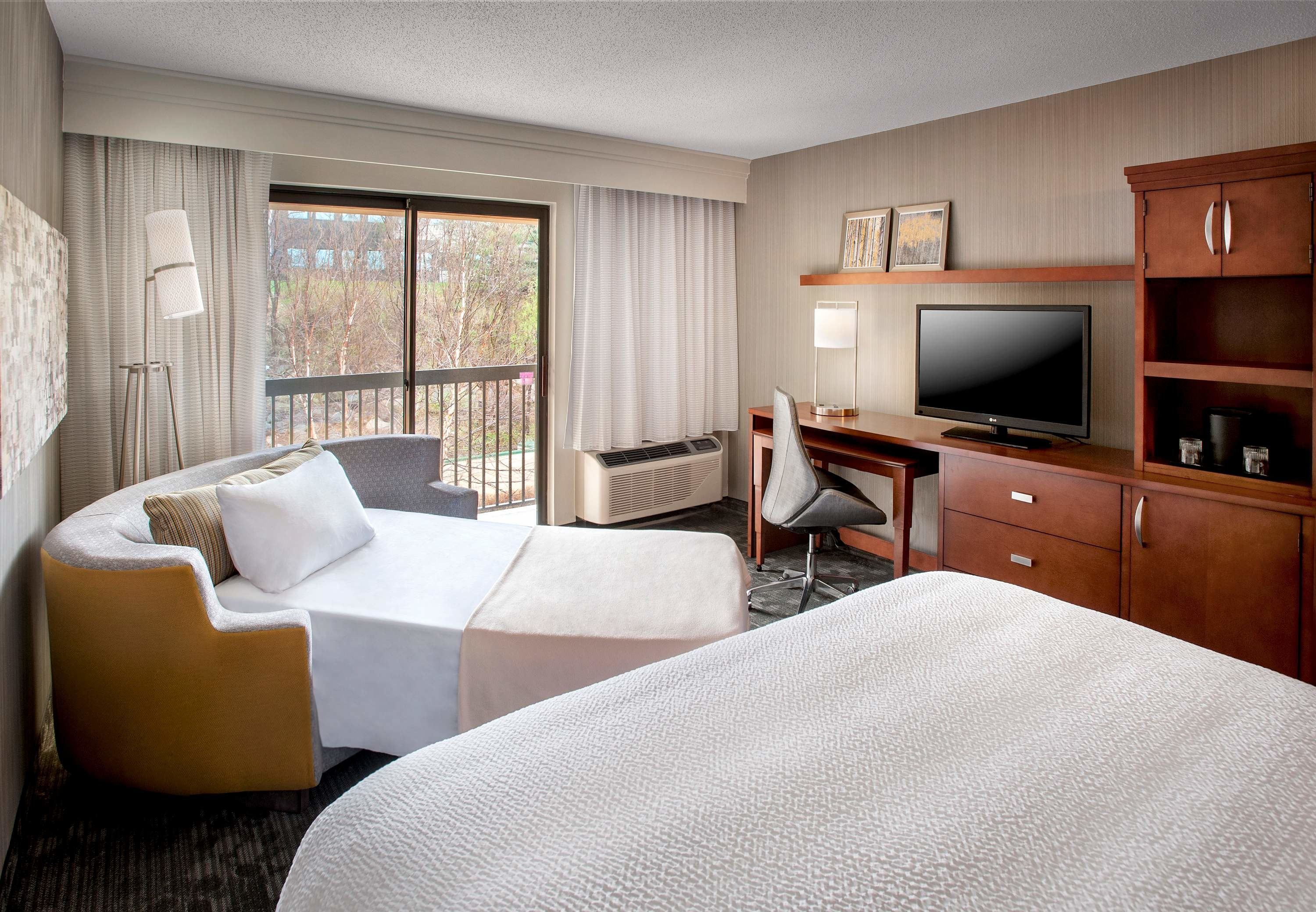 Courtyard by Marriott Parsippany image 10
