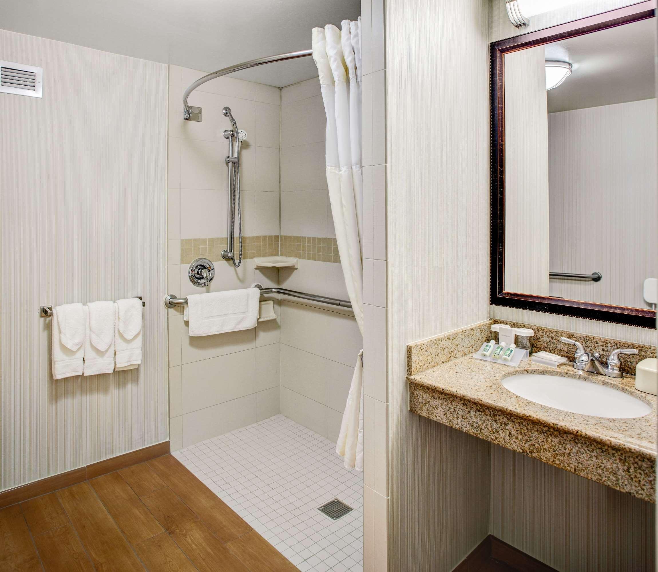Hilton Garden Inn Danbury image 29