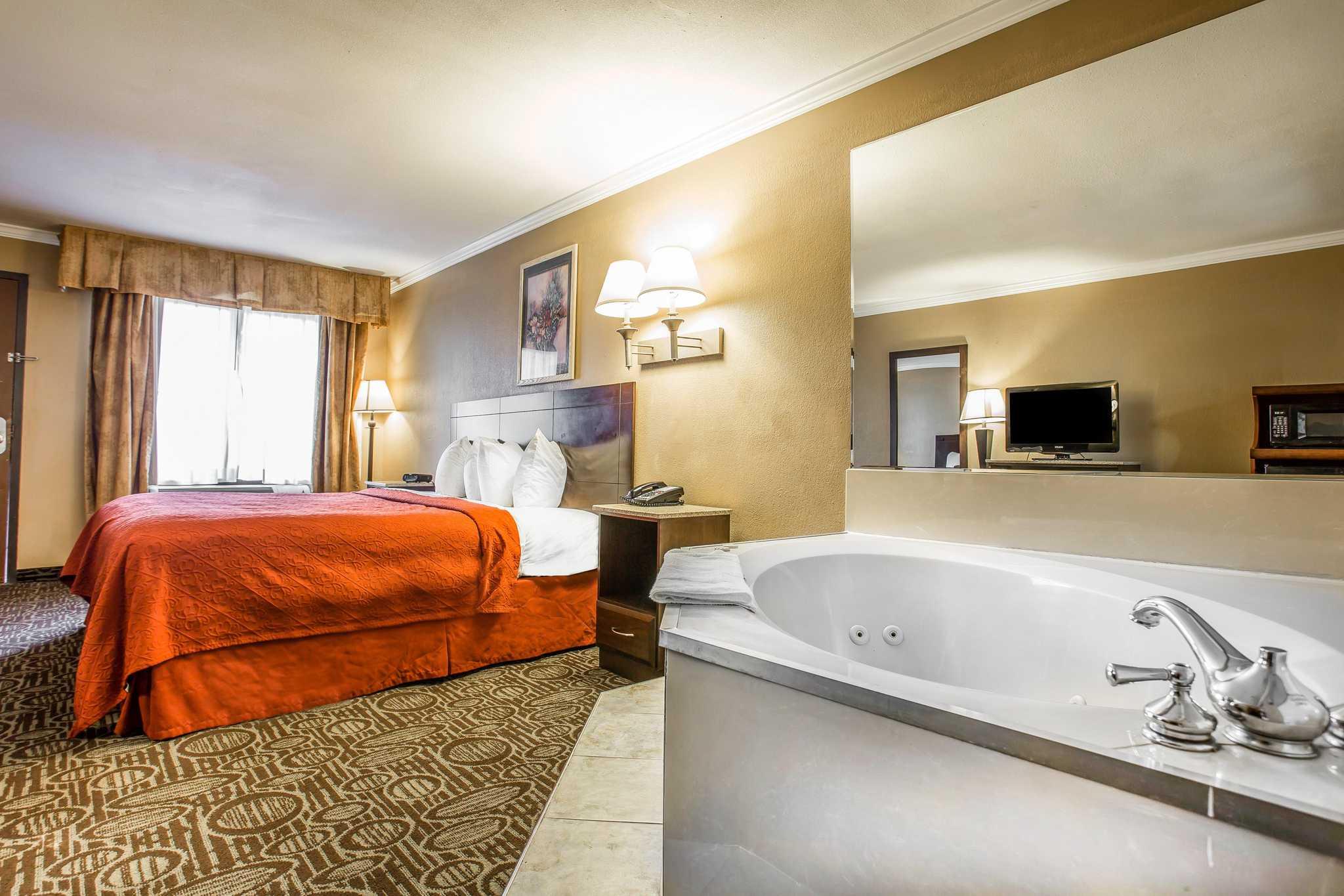 Quality Inn & Suites Ft. Jackson Maingate image 11